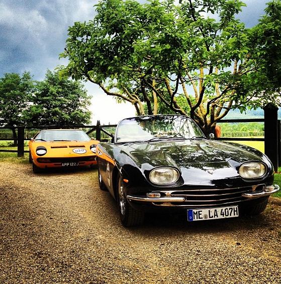 Due Lamborghini in sosta a San Giustino