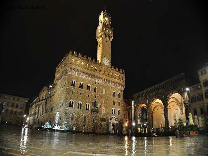 Palazzo Vecchio in notturna