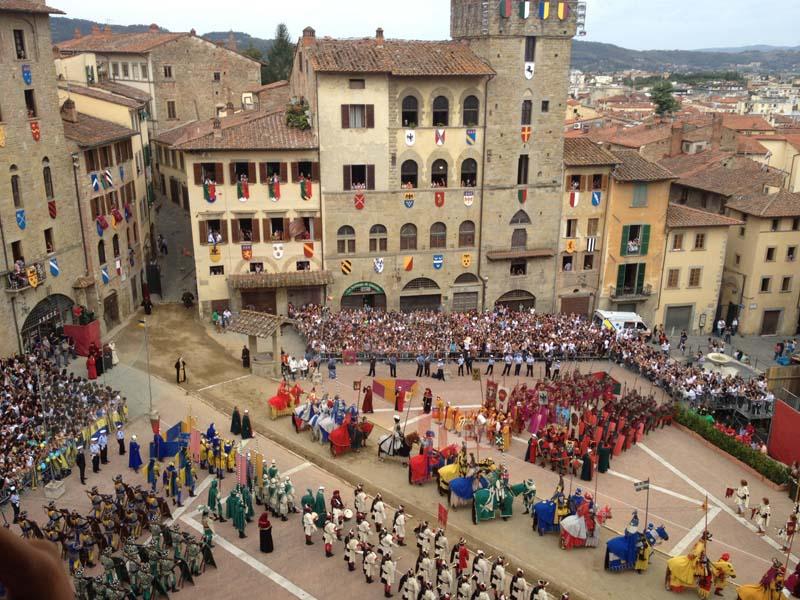 saracino_nobilicasate_piazza