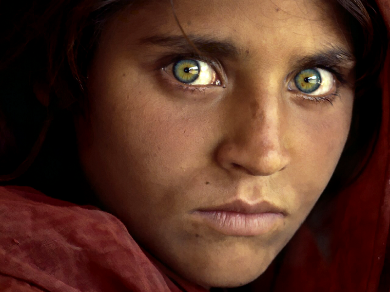 Nina Afgana - Steve McCurry - Top Life Magazine