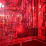 """Carnovsky """"Musica Religiosa"""" RGB Landscape Uno spazio al confine tra sogno e realtà. L'interferenza di tre differenti paesaggi e l'utilizzo di luci colorate tramutano la prospettiva fondendo tra loro gli spazi. Un continuum in trasformazione, rievocando la polifonia musicale"""