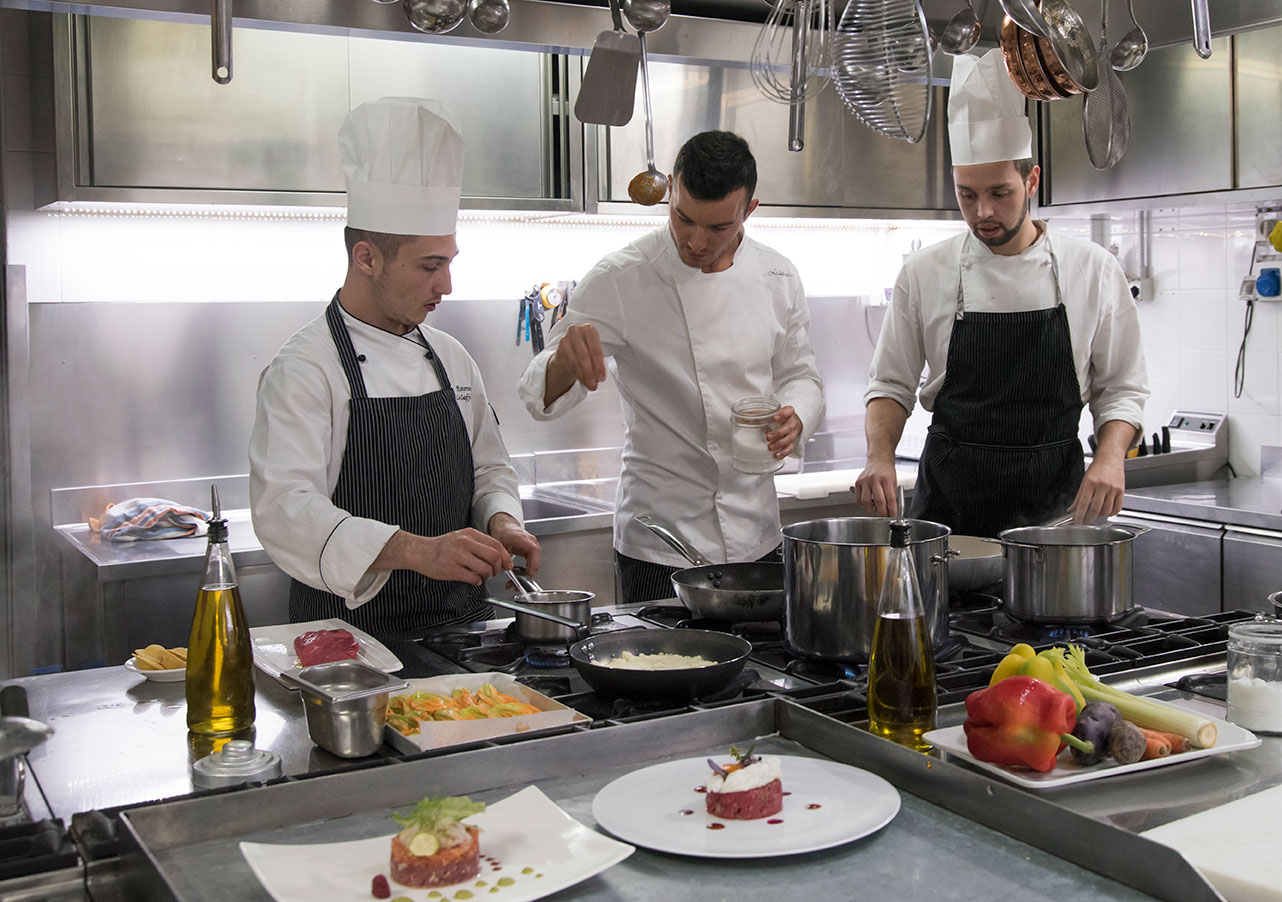 chef-johnny-zafferano-achotel-arezzo